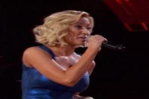 VIDEO: Sneak Peek - Kelli Pickler, Keith Urban and More Set for Tonight's ALL-STAR SALUTE TO THE TROOPS