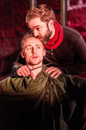 CORIOLANUS with Tom Hiddleston to Screen at Town Hall Theater, 1/30
