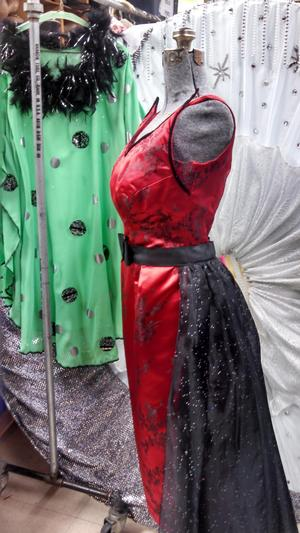 Meadow Brook Theatre to Host Costume Sale, Today