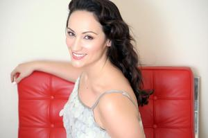 Eden Espinosa Joins Terrence Mann, Charlotte d'Amboise and More for Missoula Children's Theatre's NEXT STEP PREP This Summer