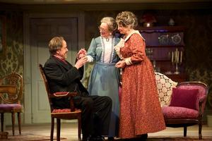 Walnut Street Theatre Presents ARSENIC AND OLD LACE, Now thru 4/27
