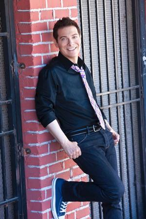 Michael Feinstein's SWINGIN' WITH THE BIG BAND Tour Debuts at the Van Wezel Tonight