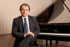 Pianist Carlo Grante to Play Lincoln Center's Alice Tully Hall, 10/31