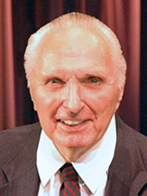 Ogunquit Playhouse Mourns the Loss of Henry J. Weller, Jr., Board of Directors Emeritus