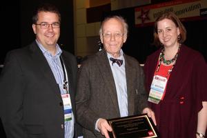 Eugene Lee Accepts USITT Distinguished Achievement Award in Scene Design