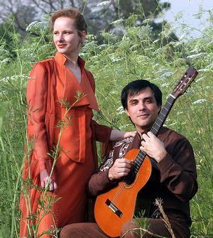 Inca Rose Duo Performs at Valencia College Tonight