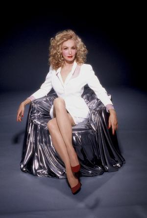 Julie Newmar PresentsHOW TO BE A GREAT BEAUTY at Salon Goo Today