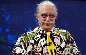 'Patch Adams' Joins Effort to Bring Comedy to Patients with LaughMD