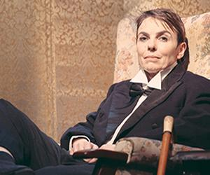 Teresa Jennings Stars in Off the Fence Theatre's ENGLAND EXPECTS in London, Now thru May 10