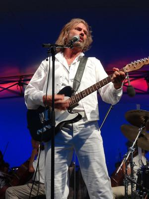 STAYIN' ALIVE Bee Gees Tribute Pand to Perform with CSO, 1/18