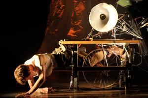 DCASE Contemporary Performing Arts Series' ONEDGE Set for 1/11-2/1