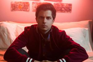 Watsky Premieres New Video for 'Right Now' Off Upcoming Album ALL YOU CAN DO