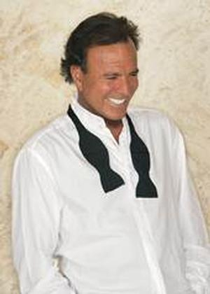 Julio Iglesias to Play Jacksonville's Times-Union Center's Moran Theater, 3/2