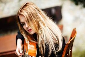 Mary Fahl to Play The Cutting Room, 2/10