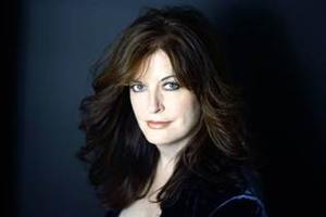 Ann Hampton Callaway Set for Cincinnati Pops' Holiday Concert, 12/13-15