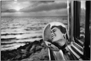 F11 Photographic Museum Opens with Exhibition by Photographer Elliott Erwitt