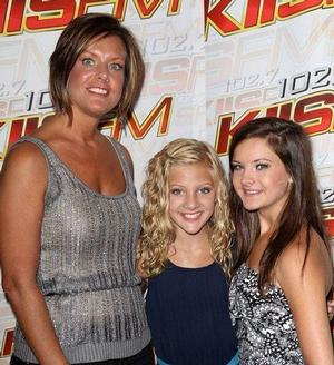 DANCE MOMS' Brooke Hyland Comes to Atlanta