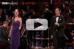 STAGE TUBE: Sierra Boggess, Seth MacFarlane & More Perform MAME with John Wilson Orchestra