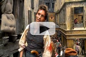 STAGE TUBE: On the LES MISERABLES Set - At the Barricade with Eddie Redmayne!