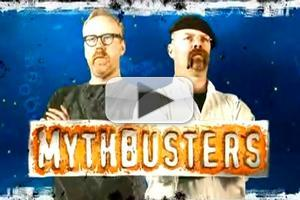 VIDEO: Director James Cameron Visits Discovery's MYTHBUSTERS