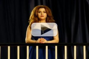 VIDEO: First Look - Trailer for Bernadette Peters' COMING UP ROSES