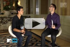 STAGE TUBE: Taylor Lautner Wants a TWILIGHT Musical!