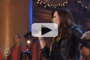 VIDEO: Demi Lovato Performs 'All I Want for Christmas is You' for the First Family