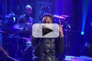 VIDEO: Kendrick Lamar Performs SWIMMING POOLS on Last Night's SNL