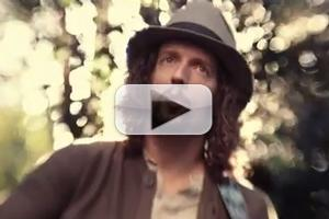 VIDEO: First Look - Jason Mraz Music Video for New Single 'The Woman I Love'