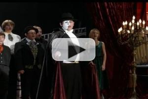 VIDEO: MODERN FAMILY Salutes Broadway's 'Phantom of the Opera'