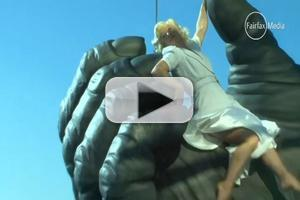 STAGE TUBE: Behind the Scenes - KING KONG Climbs Melbourne's Eureka Tower!