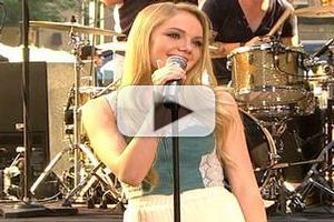VIDEO: 'Voice' Winner Danielle Bradbery Performs New Single on TODAY