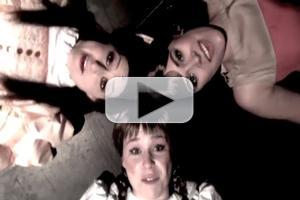 STAGE TUBE: MGR Playhouse's GENTLEMEN PREFER BLONDES Cast Does 'Material Girl'