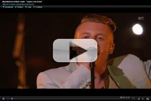 VIDEO: Macklemore, Ryan Lewis Perform Marriage Equality single 'Same Love' at VMAs