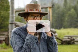 BRETT DENNEN Releases New Music Video For 'Wild Child'