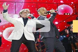 VIDEO: Barry Manilow, Robbie Williams & Gary Barlow Perform 'Could It Be Magic'