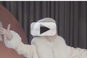 STAGE TUBE: Carol Channing Relives Super Bowl Halftime Performance!