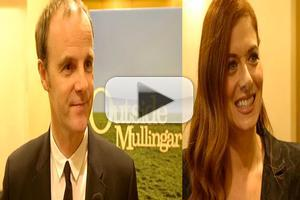 BWW TV: Chatting with the Company of OUTSIDE MULLINGAR on Opening Night!