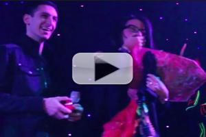 STAGE TUBE: Onstage Valentine's Day Proposal Wows Crowd at Off-Broadway's ILUMINATE