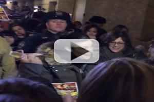 VIDEO: Idina Menzel Signs Autographs for Fans Following First IF/THEN Preview