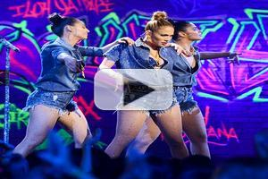 VIDEO: Jennifer Lopez Performs New Single 'I Luh Ya Papi' on IDOL