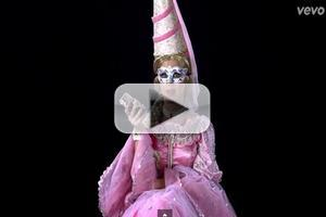 VIDEO: Music Video for KATY PERRY's 'Birthday' Has Arrived!