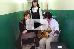 STAGE TUBE: Cast Members of SISTER ACT Tour Cover Phillip Phillips's 'Home'
