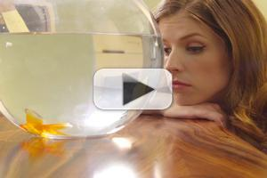 VIDEO: Anna Kendrick Loves Her Desk Job in New Short Film THE CALL