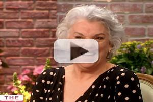 VIDEO: Tyne Daly Talks MOTHERS AND SONS, Tony Nom on 'The Talk'