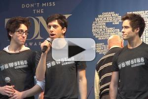 BWW TV: NEWSIES Cast Seizes the Day at STARS IN THE ALLEY!