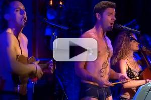 STAGE TUBE: Betsy Wolfe, Keala Settle & More Sing with the Skivvies at 54 Below!
