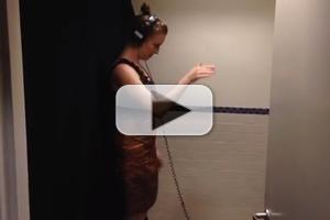 STAGE TUBE: Carmel Dean Conducts IF/THEN's Idina Menzel from Radio City Bathroom!