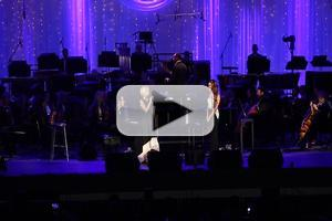 BWW TV Exclusive: Carol Burnett Inducts Kristin Chenoweth Into Hollywood Bowl Hall of Fame; Plus Kristin Sings 'For Good' with Lea Michele
