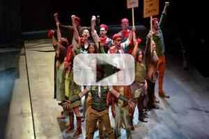 STAGE TUBE: Conversations With the Cast of Dallas Theatre Center's LES MISERABLES
